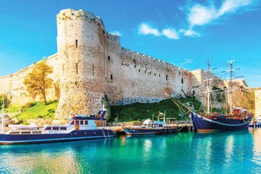 Экскурсии в Кирению крепость