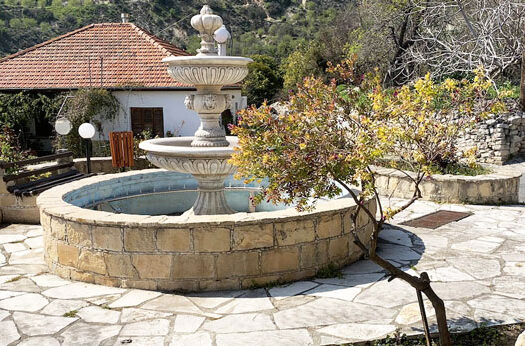 Лимнатис Кипр